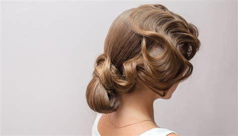 4 simple wedding hairstyles you can do yourself weddingbee