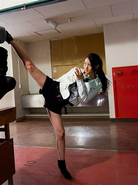 crunchyroll video  girls martial arts film high