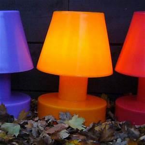 Lampe De Table Rechargeable : lampe sans fil rechargeable h 40 cm orange h 40 cm bloom made in design ~ Teatrodelosmanantiales.com Idées de Décoration