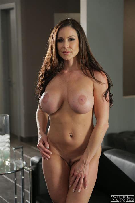 Curvy Woman Has A New Lover Photos Kendra Lust Milf Fox