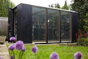 Gartenhaus Modern Kubus : kubus gartenhaus dient als hausbibliothek ~ Whattoseeinmadrid.com Haus und Dekorationen
