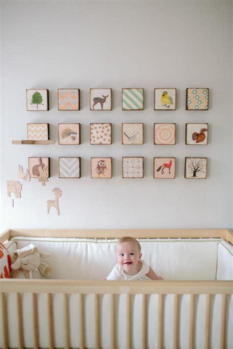 tableau deco chambre decoration chambre bebe fille gris et