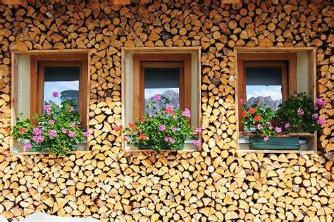 Holz Vor Der Hütte Bilder by Holz Vor Der H 252 Tten Bild Almh 252 Tte Rossalm Eores