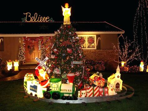 holographic train outdoor christmas decorations - Hologram Outdoor Christmas Decorations
