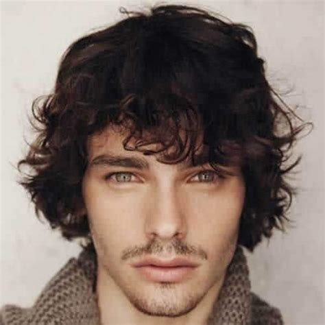 45 easygoing shaggy hairstyles for men obsigen