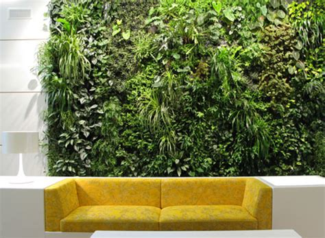 Vertical Gardening : Installing A Vertical Garden Indoors