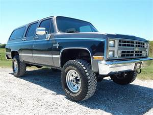 87 Chevy K20 Suburban