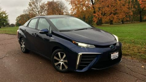 The 2018 Toyota Mirai Is Innovative — And Impractical