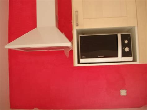 cuisine couleur framboise mon mur de cuisine couleur quot framboise quot ma vie