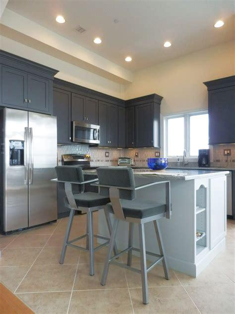 waterfront condo  bachlerette pad kitchen design center