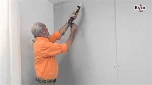 Comment Recouvrir Du Carrelage Mural : coller du lambris pvc au mur youtube ~ Melissatoandfro.com Idées de Décoration