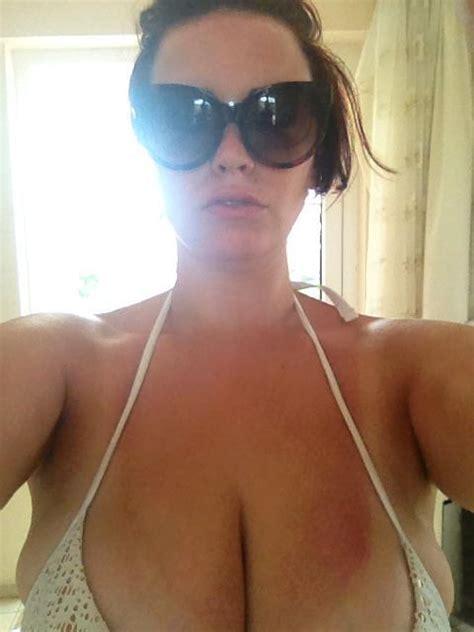 Huge Tits Cleavage Jschnaxel