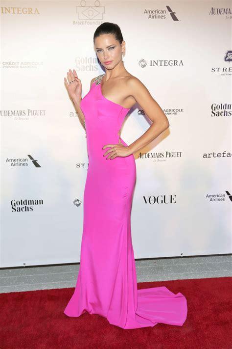 adriana lima  pink dress  gotceleb