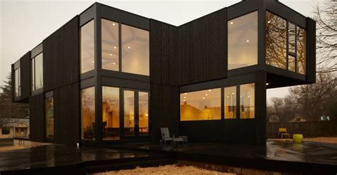 glass and wooden material prefab modern homes   Viahouse.Com
