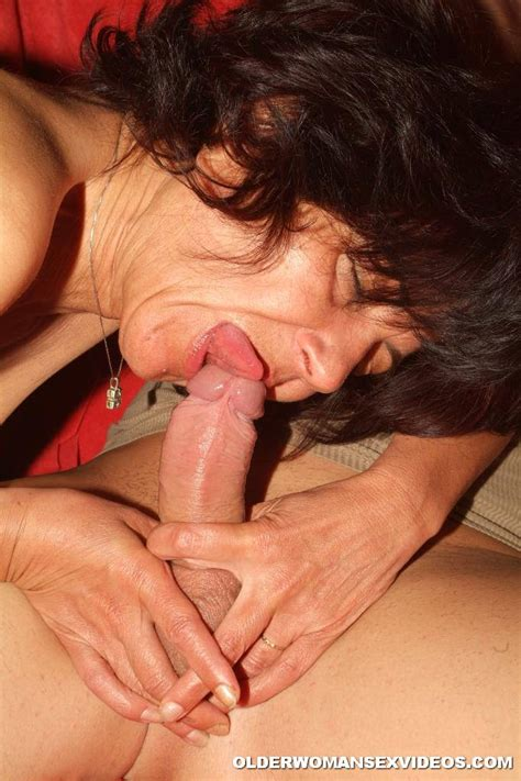 Naughty Milf Swallowing Hard Teen Cock 2743