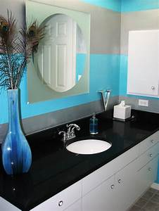 Colorful bathrooms from hgtv fans bathroom ideas for Gray and turquoise bathroom