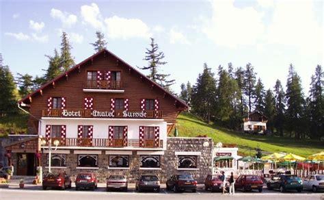 chambres d hotes cagnes sur mer chalet suisse le montagne été alpes maritimes chalet