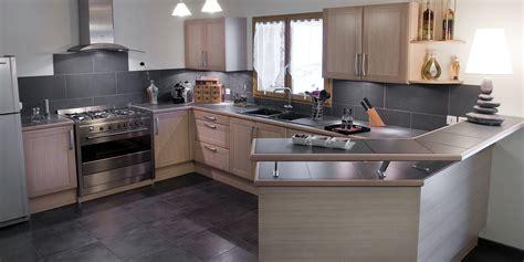 plan cuisines vente de cuisine en bois avec plan snack à foy acr