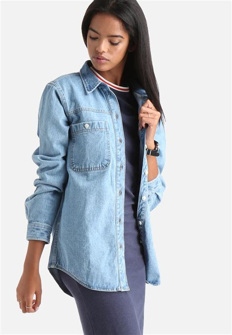 light jacket s smoky denim light jacket medium blue denim adpt jackets