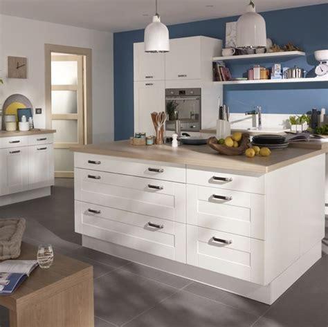 peinture pour cuisine blanche cuisine kadral en bois blanc castorama prix 599