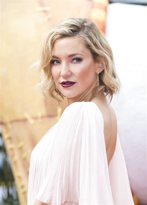 12 men who kate hudson has slept with. The Mask Kate Hudson Swears By for Glowing Skin - Savoir Flair