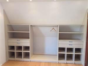 Rangement sous pente arriere orchies realisation for Meubles pour petit espace 18 porte de placard coulissante sur mesure deco maison moderne