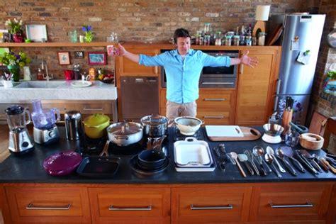 cuisine tv oliver 30 minutes kitchens get the look oliver tv chefs
