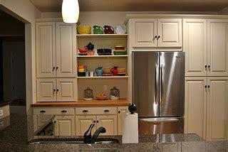 kajaria kitchen tiles white kitchen cabinets carlton door style cliqstudios 2067