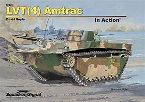 Lvt 4  Amtrac In Action  Hb  - Squadron Signal