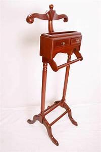 Domicil Möbel Gebraucht : stummer diener holz stummer diener einrichtungsgegenst nde einebinsenweisheit kleiderst nder ~ Watch28wear.com Haus und Dekorationen