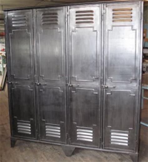 comment decaper une armoire metallique conseil pour peindre un casier style industriel