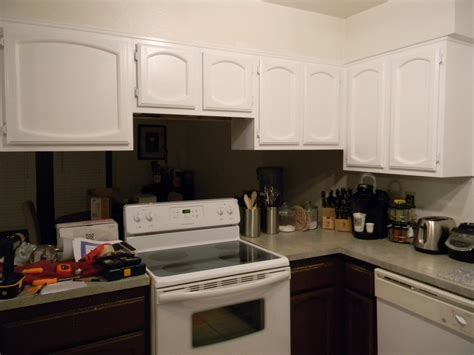 Lustering Lovelies: Kitchen Makeover Part 1: Upper Cabinets