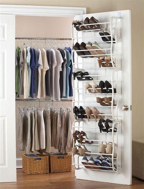 Kleiderschrank Platzsparend Einräumen by Kleiderschrank Organisieren Platzsparend Einr 228 Umen Tipps