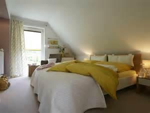 wohnideen schlafzimmer mit schrge usblife info - Wohnideen Schlafzimmer Mit Schrge
