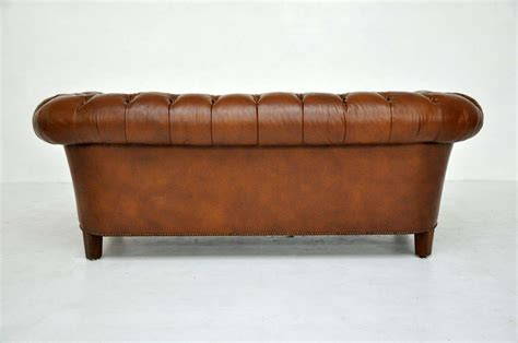 brown leather chesterfield sofa baker image 10