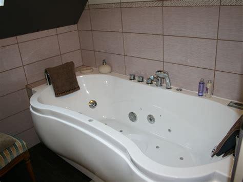 chambre baignoire chambre d 39 hôtes charme sur le canal de nantes à brest venise