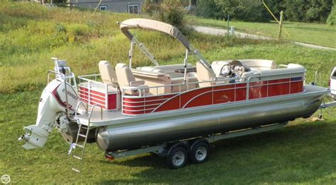 Bennington Pontoon Boat In Rough Water by Best 25 Tritoon Boats For Sale Ideas On Pinterest