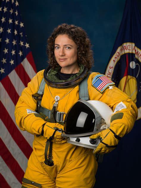 NASA Astronaut Jessica Meir | jsc2016e165336 - Official