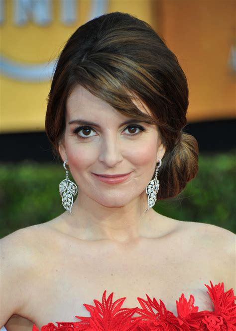 tina fey on writing tina fey to embark on book tour observer
