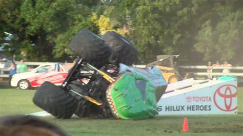 monster truck videos crashes raptors rage monster truck crash youtube
