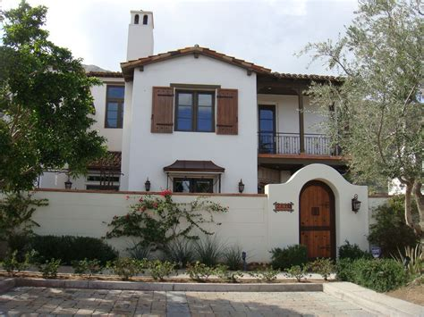 Spanish Style Homes With Adorable Architecture Designs