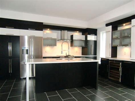 armoir de cuisine réalisations de style moderne spécialité m m