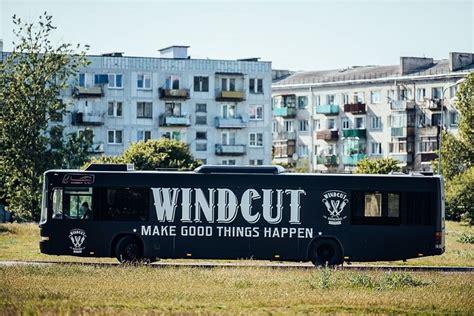 Biznesa ideja: Matus un bārdu var sakopt autobusā (tikai ...