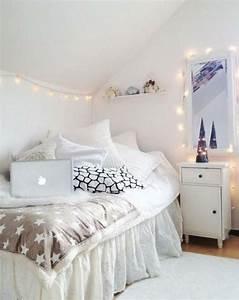beaucoup d39idees deco avec la guirlande lumineuse boule With peinture murale couleur pastel 14 emejing chambre a coucher grise et blanche photos design
