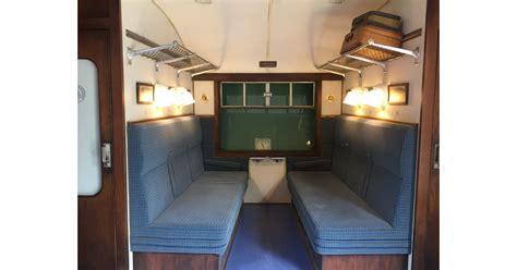 hogwarts express train car    photo booth