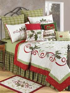 Christmas Quilts Holiday Bedding