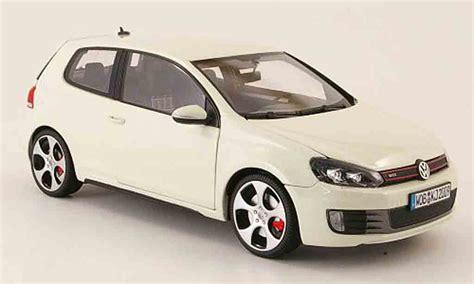 volkswagen maisto volkswagen golf vi gti white 2009 maisto diecast model car