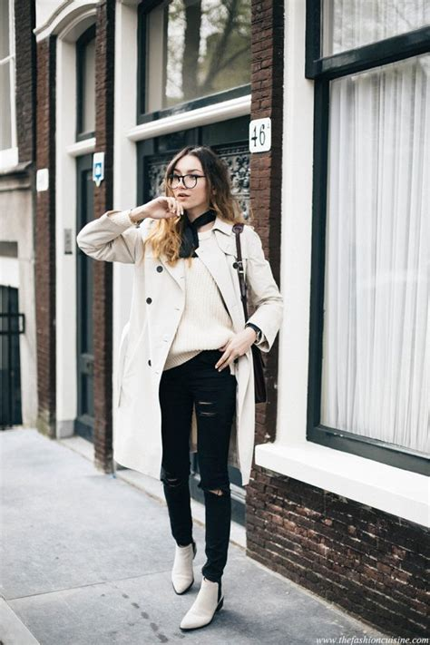 40 Trench Coat Outfits To Give You That Inspiration You Need - Just The Design