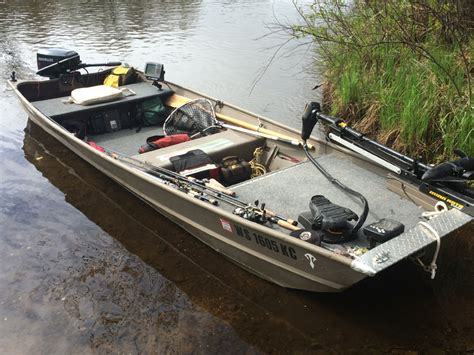 Fishing Boat Modifications by Specialize Your Small Fishing Boat With Custom Modifications