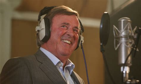 sir terry wogan hailed as broadcaster for all time at thanksgiving service daily mail